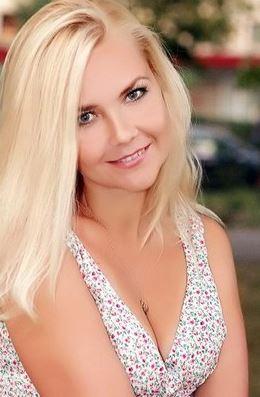 Hanna (40) aus 4 km von ... auf www.herz-zu-verschenken.pl (Kenn-Nr.: d00559)