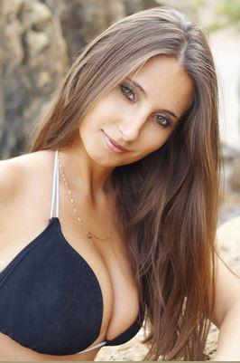 Ala - Mona (33) aus Opole Sta... auf www.herz-zu-verschenken.pl (Kenn-Nr.: d00602)