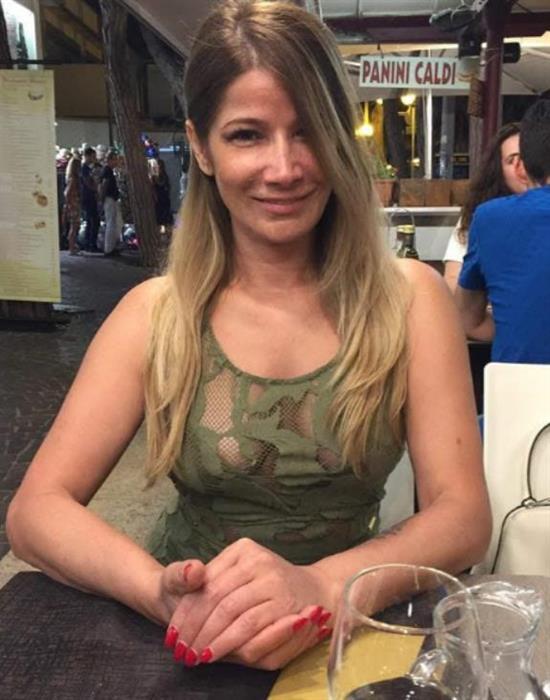 Dominika (41) aus 5 km Gdan... auf www.herz-zu-verschenken.pl (Kenn-Nr.: t50383)