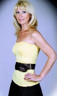 Nina (58) aus Agentur R... auf www.herz-zu-verschenken.pl (Kenn-Nr.: t1109)
