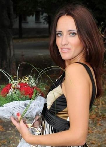 Julia (37) aus Agentur R... auf www.herz-zu-verschenken.pl (Kenn-Nr.: t1187)