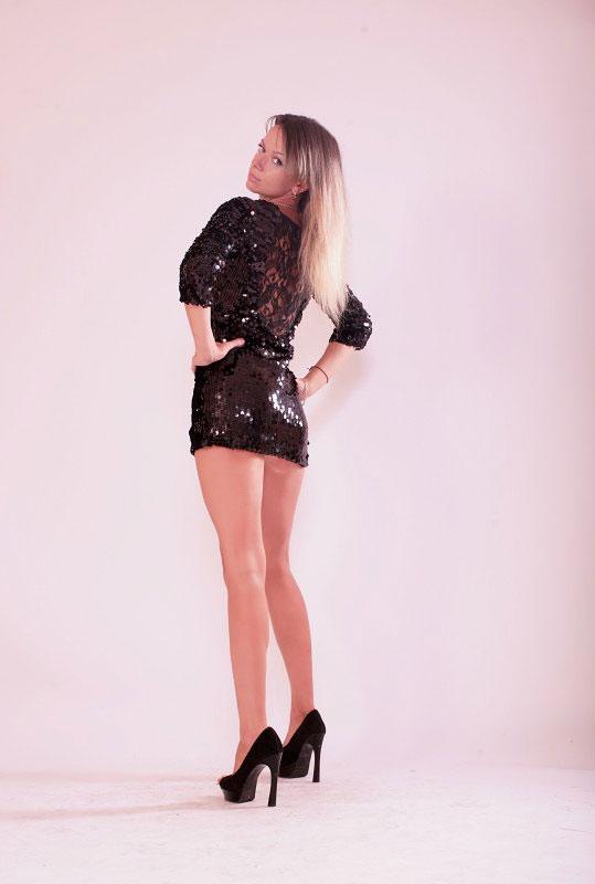 Irina (38) aus VIP Agent... auf www.herz-zu-verschenken.pl (Kenn-Nr.: d00176)